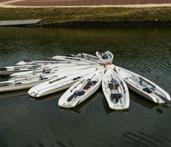 canoes-535287_1920